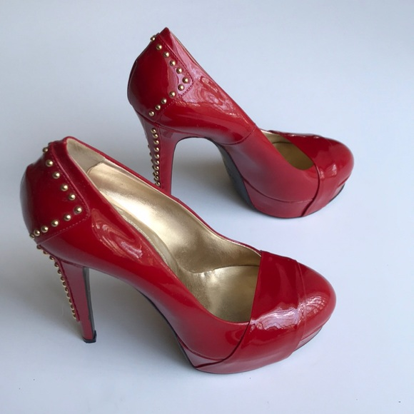 7db7913dd53 VERSACE VJC red patent leather pumps as 38
